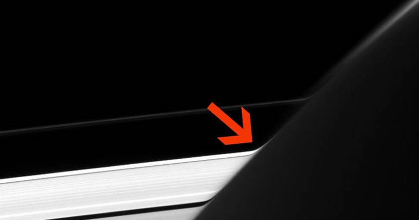 Reciente fotografía de NASA revela una «extraña curvatura» en los anillos de Saturno