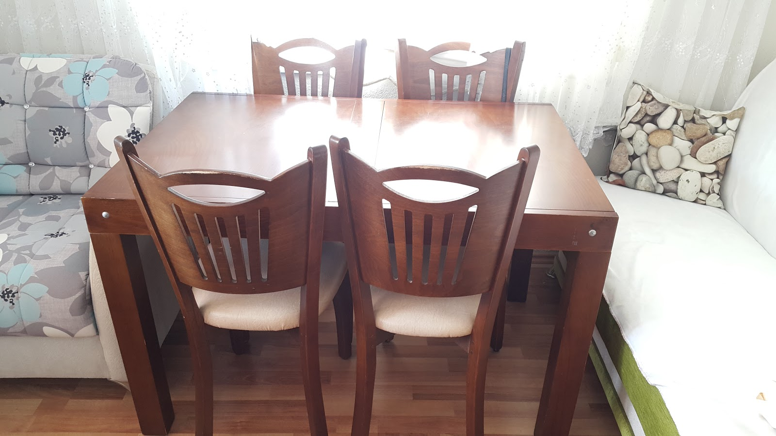 Masa Sandalye Ve Sehpa Boyama Beyaz Mucizeler