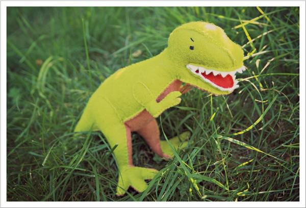 Mit Nadel und Faden: Gestatten: T. Rex