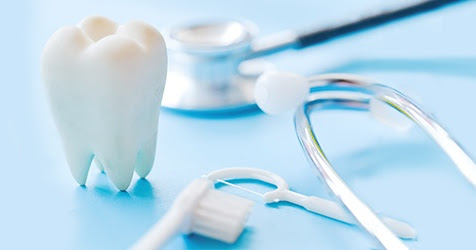 What are Wisdom Teeth? Purpose, Symptoms & When They Come In