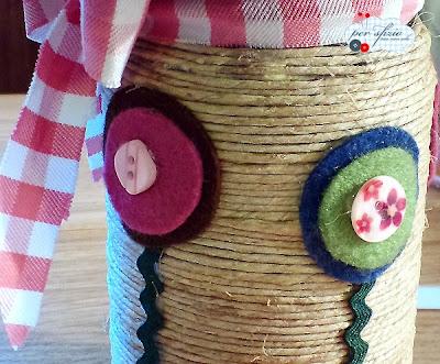 barattolo-vetro-riciclo-vaso-fiori-corda-pannolenci