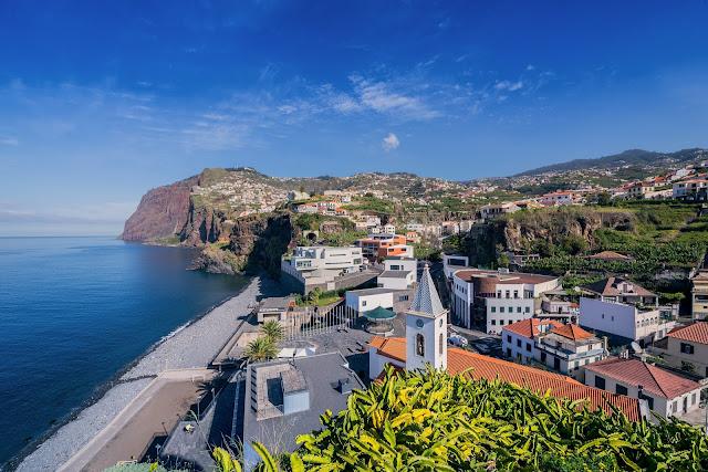 Abertura de hotéis agita o verão na Ilha da Madeira