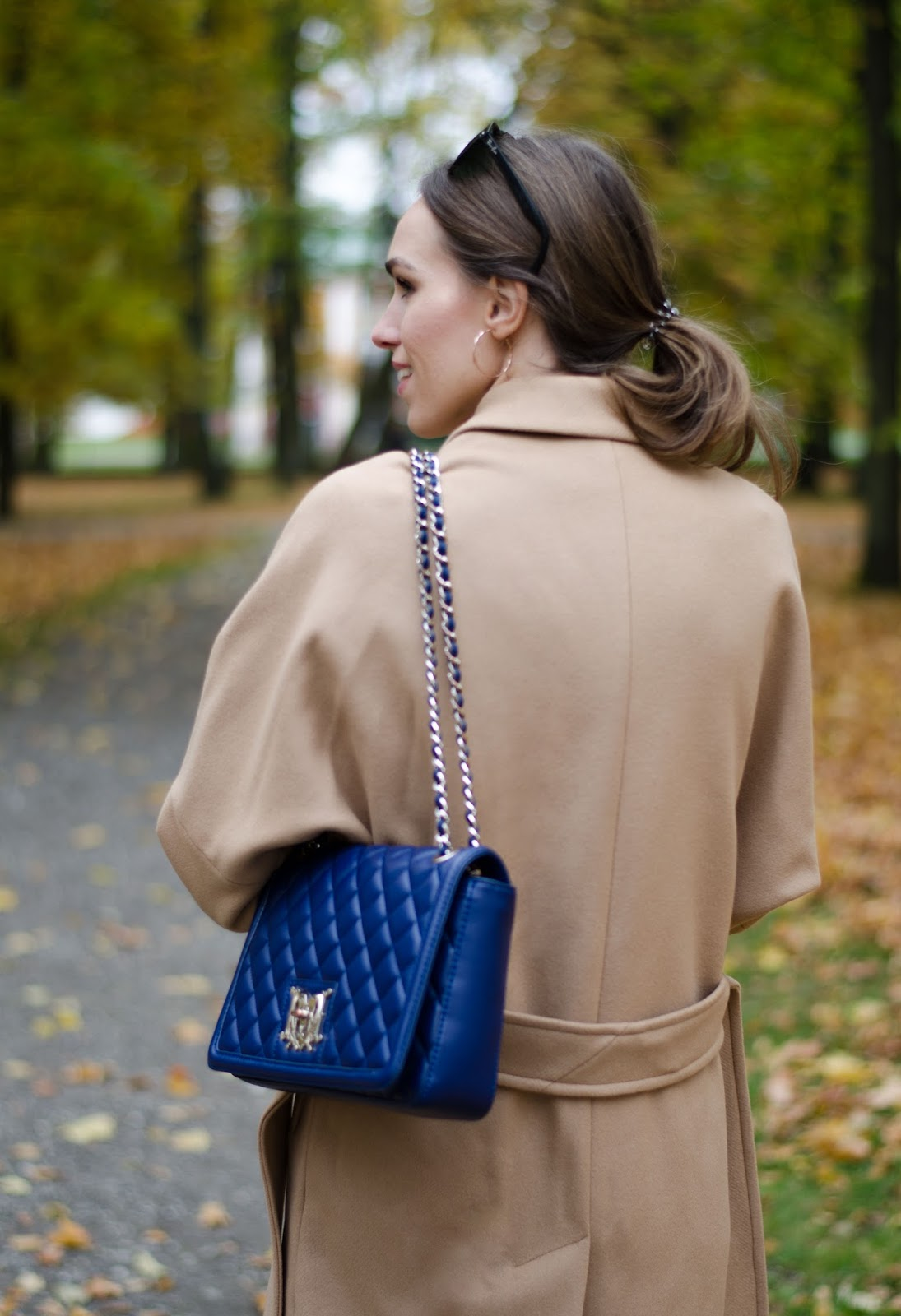 love moschino quilted blue shoulder bag