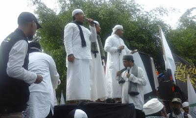 "Demo Ahok, Restu Sugiarto ""Ustadz Cinta"": Siap Perang, Siap Jihad!"