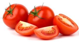 Khasiat Tomat untukKecantikan Alami Kulit Wajah