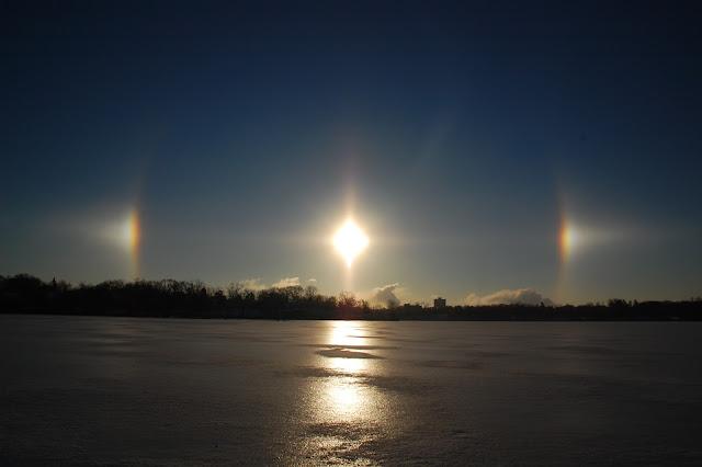 http://publicradio1.wpengine.netdna-cdn.com/statewide/files/2013/12/sundogs_timpost_como.jpg