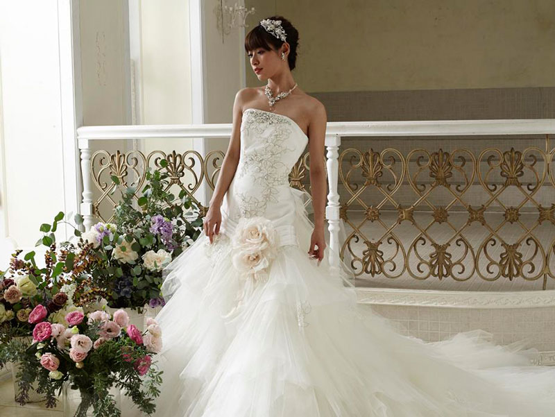Miori Takimoto Grace wedding dresses