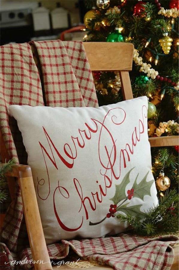 cojines navideños pintados con rotuladores