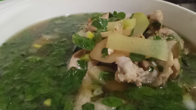 Tinolang manok with malunggay(horseradish) and sayote (chayote, chicken soup, easy chicken soup recipe, filipino dish