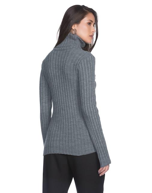 Sueter feminino rib neck feito em tricô de ponto canelado e alta elasticidade