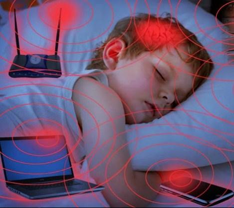 Image result for bahaya gadget pada anak
