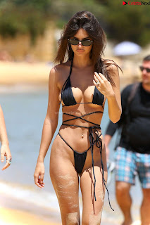 Emily-Ratajkowski-in-Black-Thong-Bikini-Beautiful-Ass-hot-pussy-celebritybooty.co-Exclusive+07.jpg