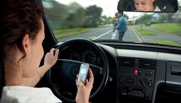 Software evitará que conductores utilicen el móvil