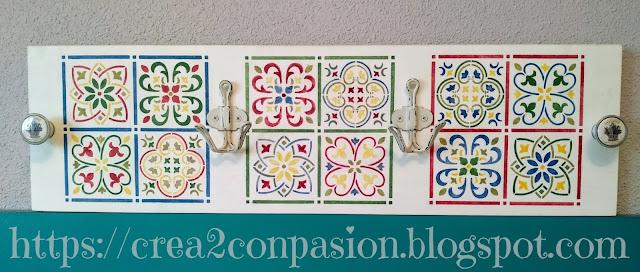 Stencil-azulejo-hidráulico-perchero-handmade-Crea2-Con-Pasión-
