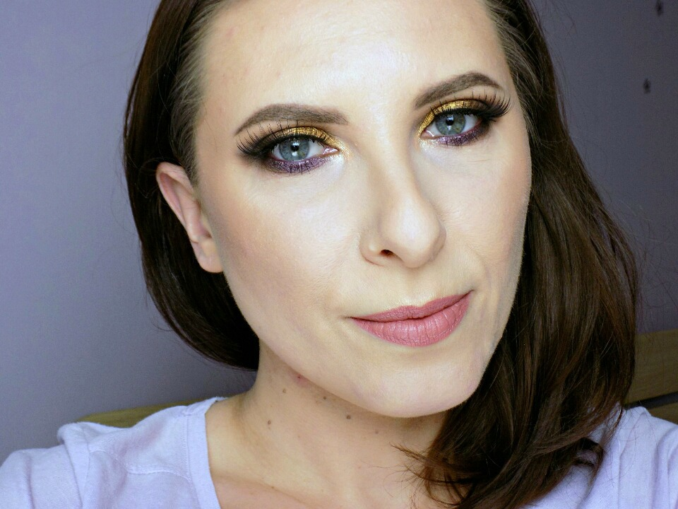 One brand makeup look: Maybelline