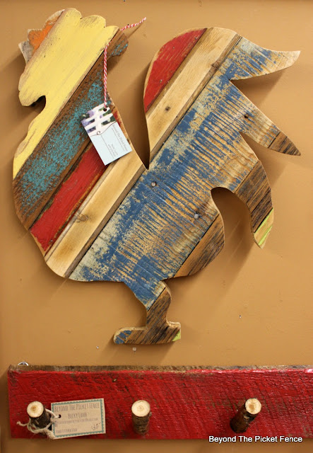 reclaimed wood, salvaged, rooster, kitchen decor, barnwood,  http://bec4-beyondthepicketfence.blogspot.com/2016/02/reclaimed-wood-island.html