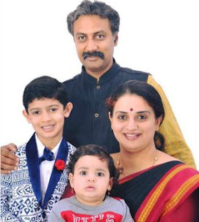 Pavitra Family Husband Parents children's Marriage Photos