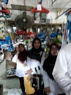 Kepala Bidang Perdagangan dan Petugas mendatangi penjual sembako dipasar suprapto