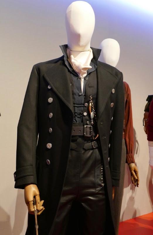 Fantastic Beasts 2 Grindelwald costume