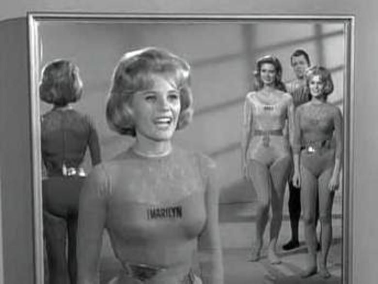 The Twilight Zone - Season 5 Episode 17: Number Twelve Looks Just Like You