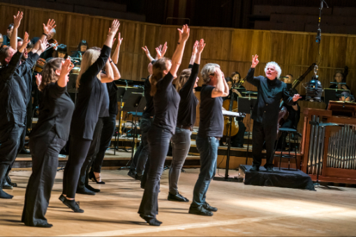 Bach: St John Passion - Choir of the Enlightenment, Sir Simon Rattle, Orchestra of the Age of Enlightenment - Royal Festival Hall (Photo Tristram Kenton)