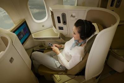 Vietnam Airlines nâng cấp chất lượng dịch vụ hạng thương gia trên đường bay Hà Nội - Tp. Hồ Chí Minh. Ảnh: Vietnam Airlines