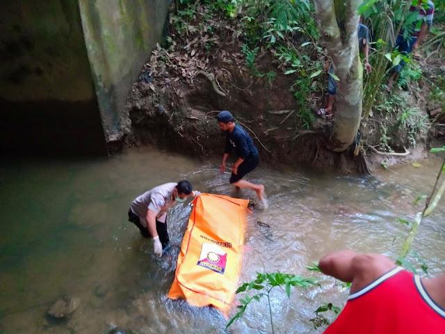 Heboh!!!  Diduga Sopir Travel Asal Jambi Dibegal, Mayatnya Ngapung di Muba