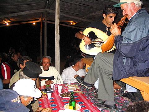 Karpathos - Foto http://www.karpathos.org/photos/albums/st_john_2004/st_john_2004-Pages/Image37.html