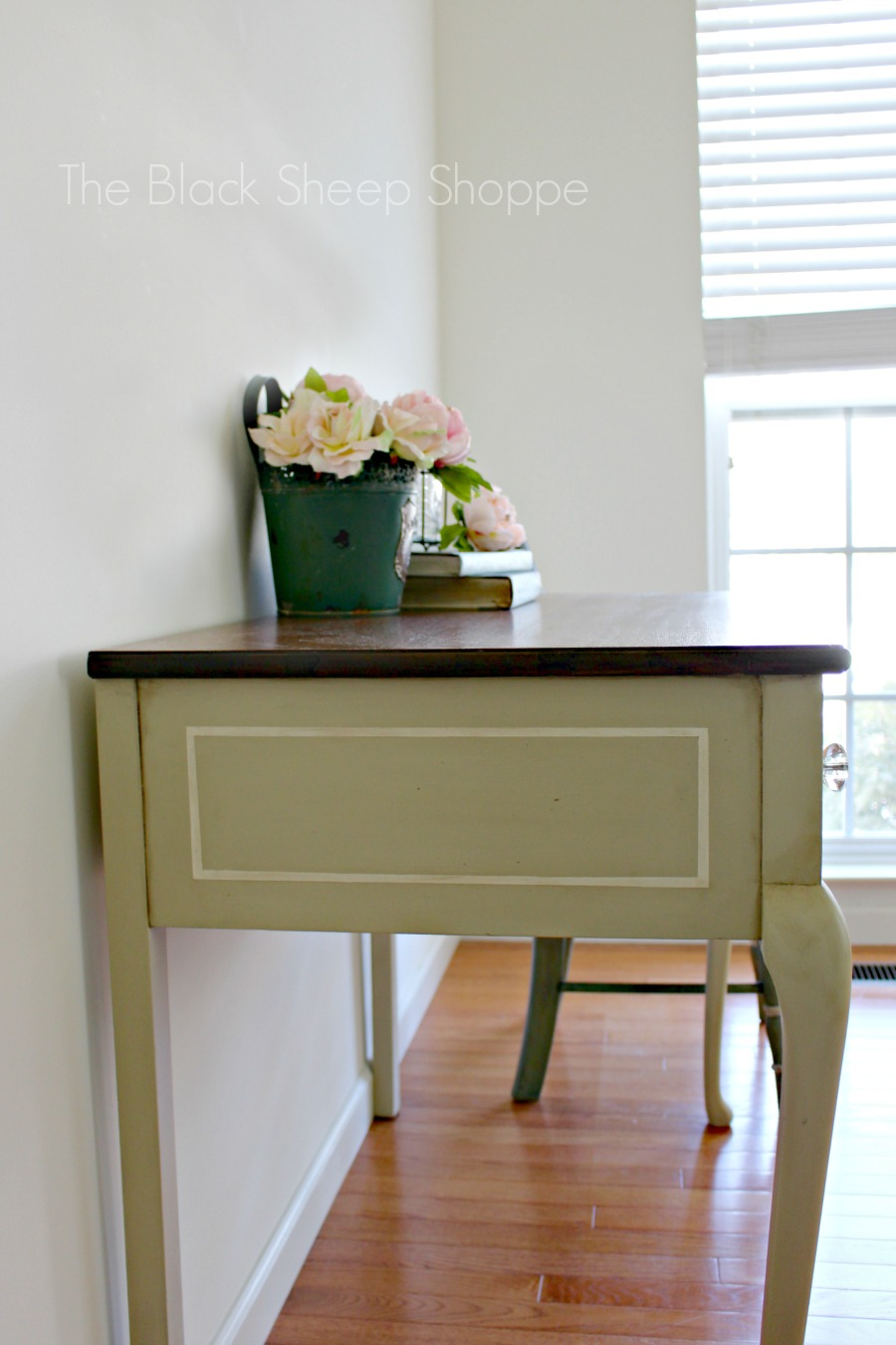 Side view of desk in Country Grey and Old Ochre