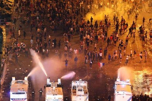 Fiesta del Mundial en Francia: dos muertos y 300 detenidos