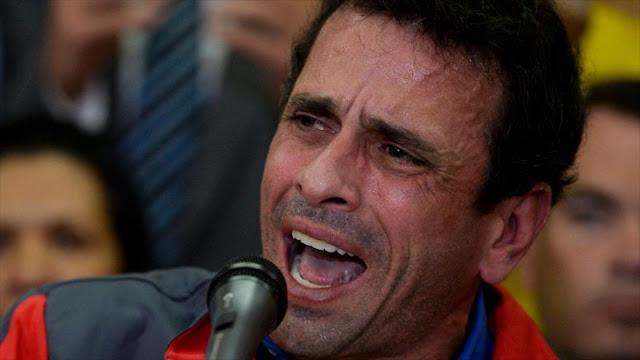 Capriles convoca una marcha para defender la Constitución
