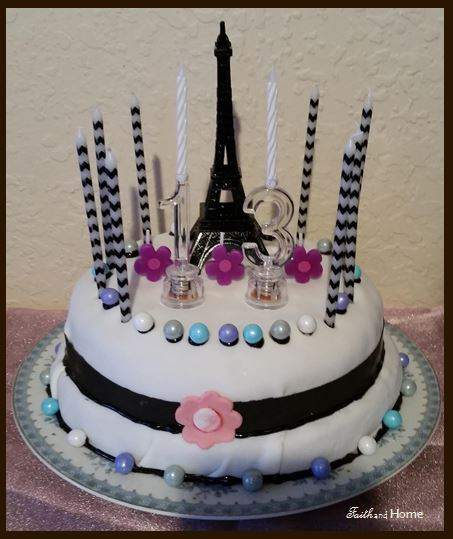 Birthday Cakes Eiffel Paris Tower Creation I Decided To Jump On The Fondant Bandwagon Since Elegant Finished Look Seemed Perfect Approach A
