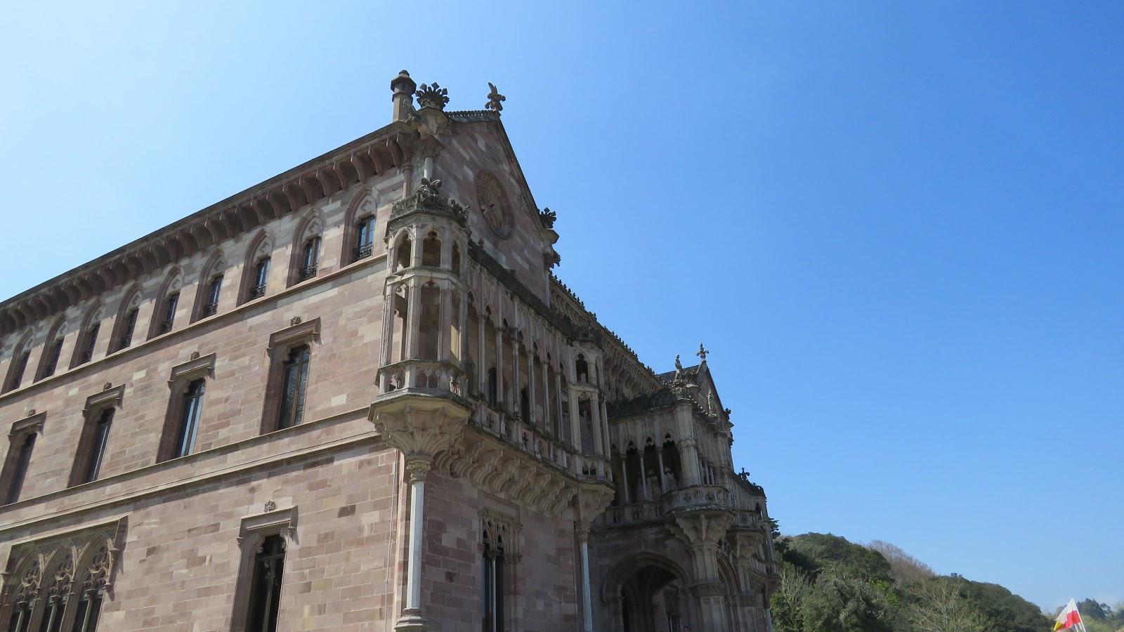 Qu Ver En Comillas Itinerario Conmimochilacuestas # Muebles Gaudi Guadalajara