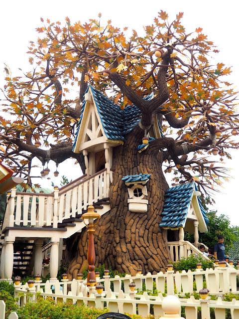 Chip & Dale Treehouse in Toon Town, Tokyo Disneyland, Japan