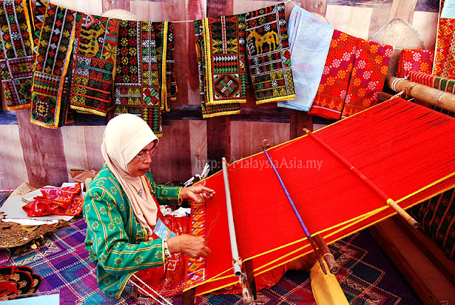 Cloth Weaving in Sabah
