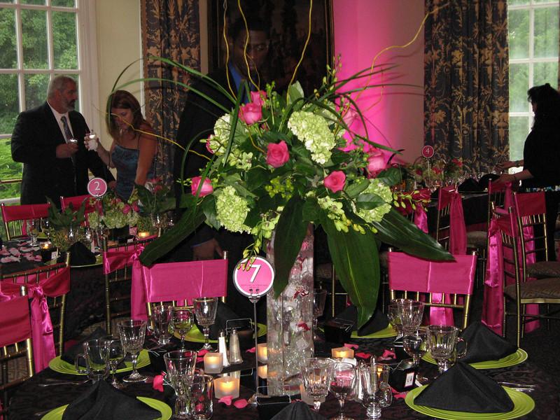 royal wedding accessories pink and black wedding decoration