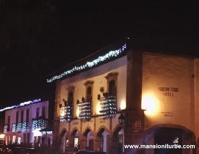 Hotel Mansión Iturbe en la Plaza Vasco de Quiroga en Pátzcuaro