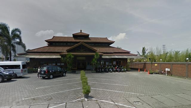 Restoran Sunda Terfavorit RM Ampera