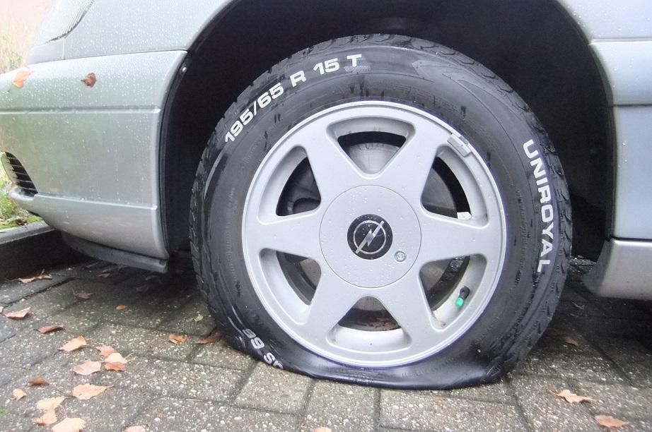 Reifen Platt Nur Unten