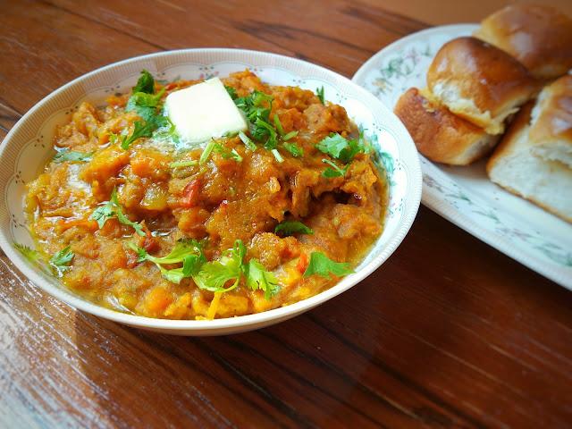best street food in mumbai