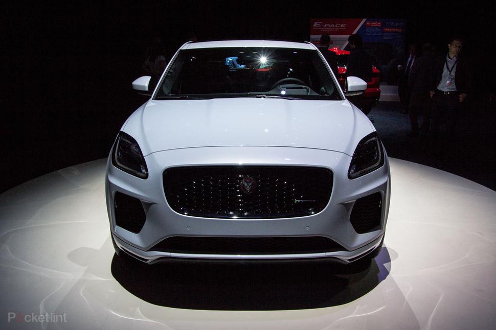 giá xe jaguar e-pace r-dynamic se 2.0 si4
