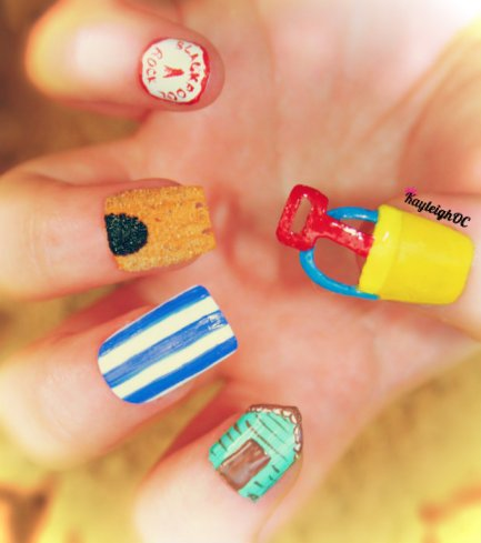 Seaside Nail Art