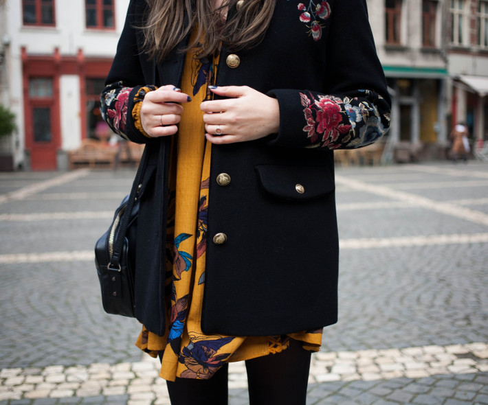Outfit: floral embroidery coat, boho tunic dress