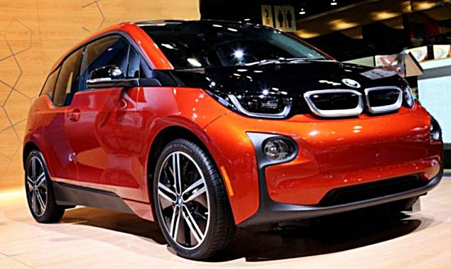 2017 BMW i3 with new design and longer rage