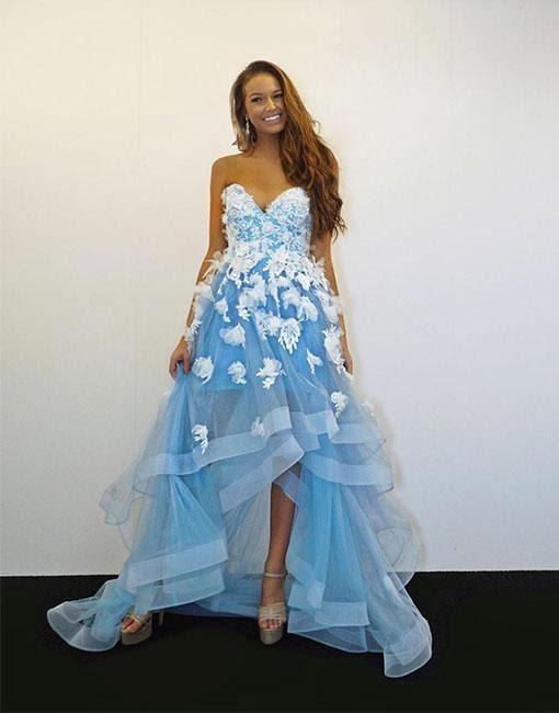 https://www.babyonlinedress.fr/g/forme-princesse-traine-asymetrique-col-en-coeur-robes-de-soiree-avec-appliques-107852.html?source=blog_fashion_spike
