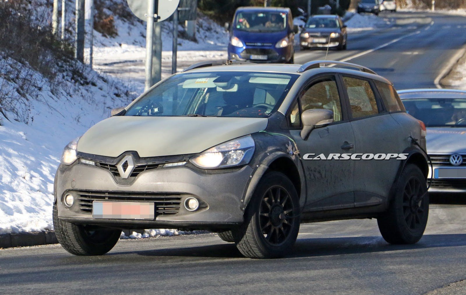 Renault-Captur-Mule-6.jpg