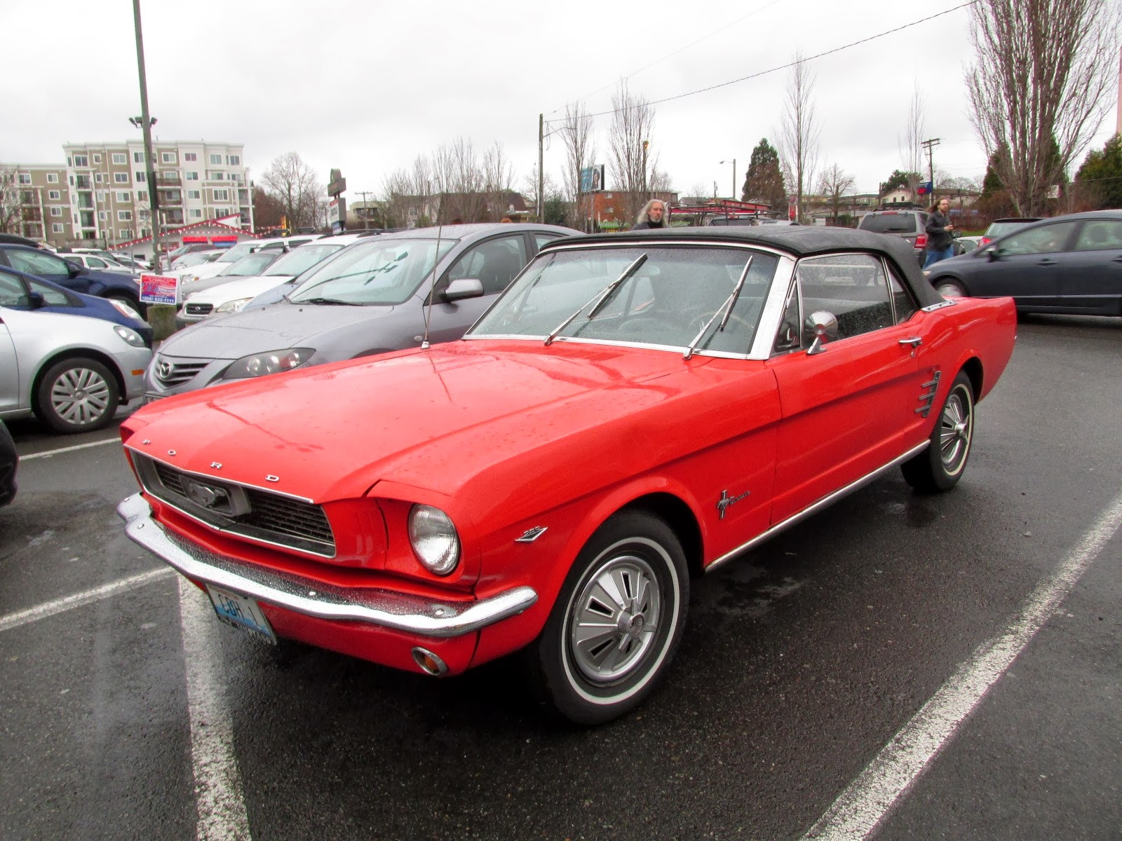 seattle 39 s classics 1966 ford mustang convertible. Black Bedroom Furniture Sets. Home Design Ideas