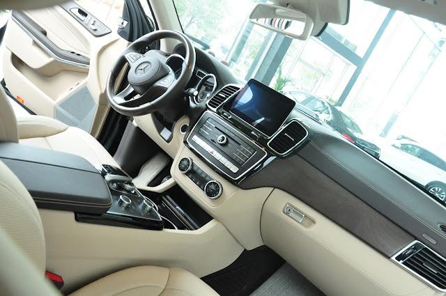 Mercedes GLS 500 4MATIC trang bị công nghệ hiện đai, cao cấp nhất của Mercedes.
