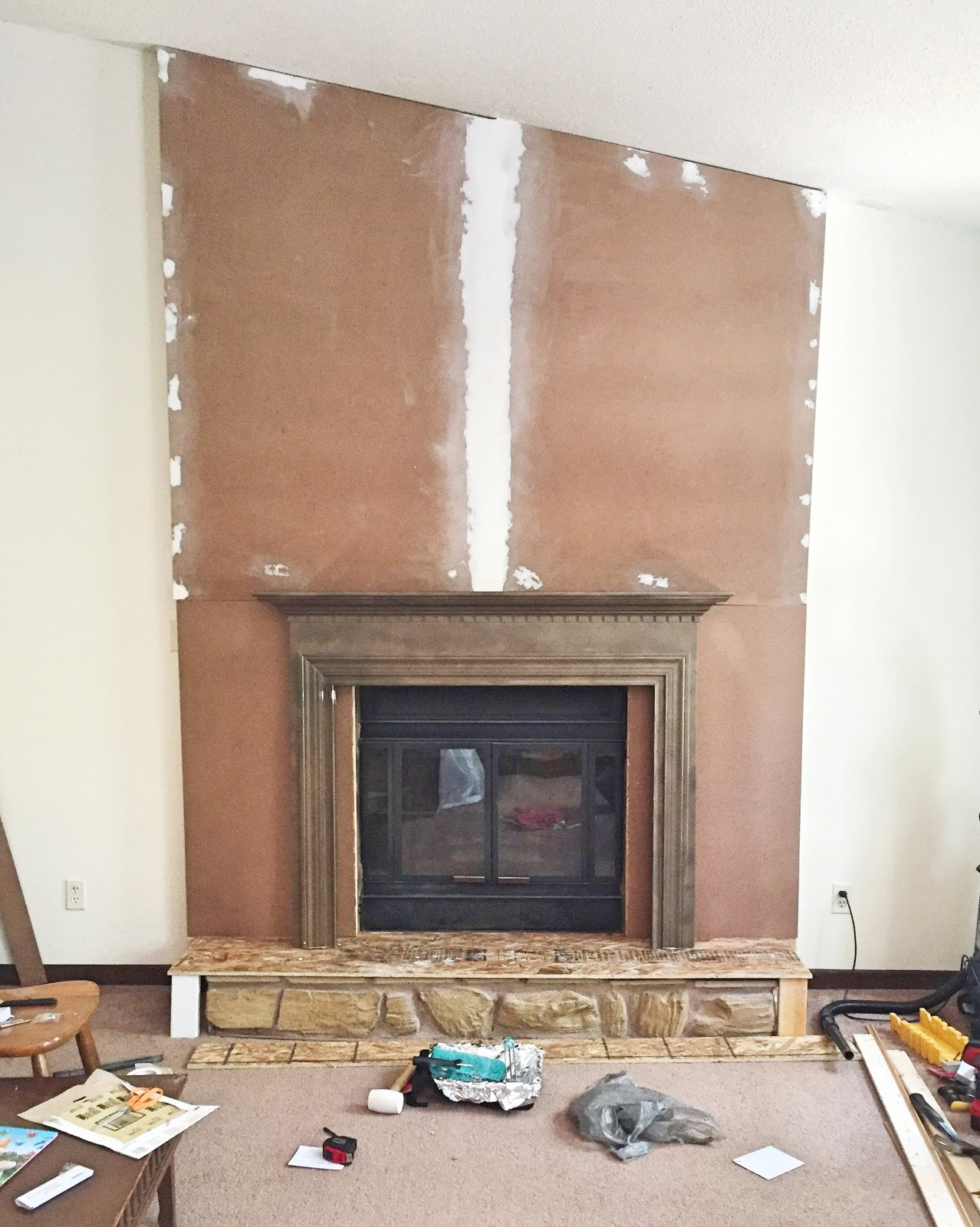 One Room Challenge Spring 2016, ORC, Rental Approved DIY, Faux Fireplace Facade, Temporary fireplace, domicile 37