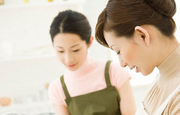 5 cách lấy lòng mẹ chồng dành cho nàng dâu mới